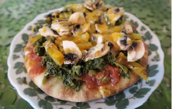 Mustard Greens Grilled Pita Pizza